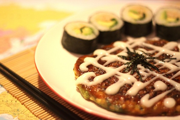 Okonomiyaki and spicy tempeh nori rolls